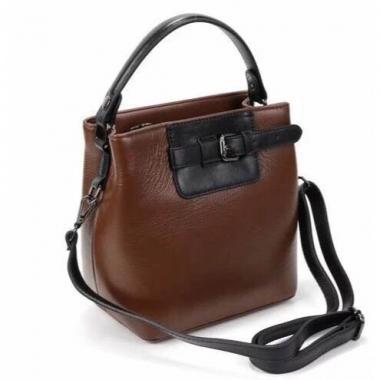 Женская кожаная сумка TERZA. Шоколад/черный.