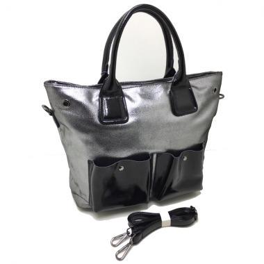 Женская кожаная сумка TOKA. Серебро / Черный лак